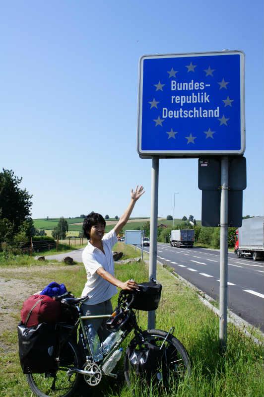 舛添知事はドイツを自転車旅した僕のブログを読んだのか?東京都内の自転車道整備で予算は約60億円だってさ! (1)