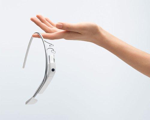 Google Glass(グーグル グラス)がアマゾンで239999円(約24万円)で発売されてる! (2)