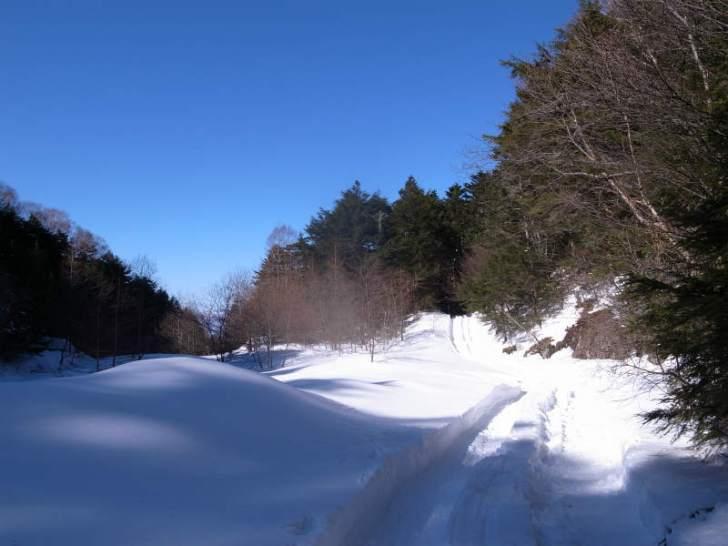 厳冬期2月の冬山に初挑戦!八ヶ岳の頂点、赤岳を雪山登山(赤岳鉱泉テント泊ルート、コースタイム有) (7)