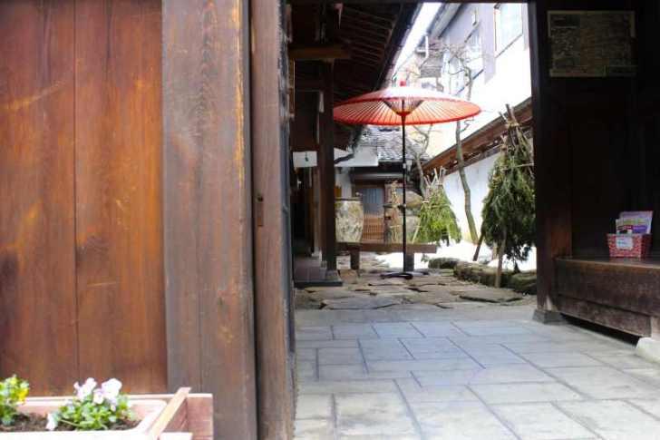 デイトレーダーによる飛騨高山・古川観光と古民家オフィス「末広の家」感想レポート (1)