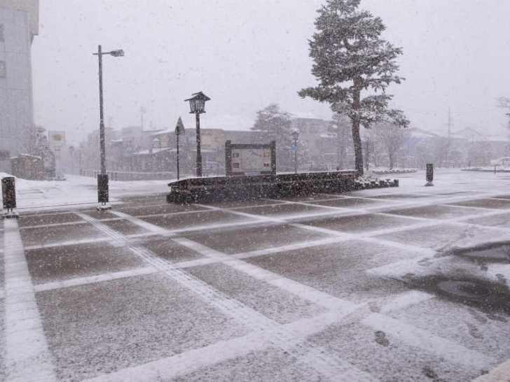 飛騨高山にスタッドレスタイヤでない車でいくときに、路面が凍結しているかを調べる方法[岐阜県] (3)