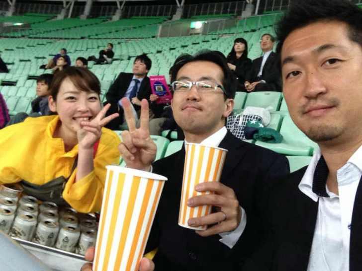 かわいい居酒屋店員さんとスタジアムガール[美人女子シリーズ] (1)