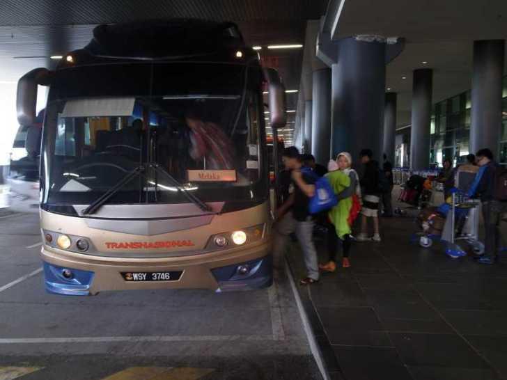 [マレーシア旅行記]1.LCCのエアアジアにてセントレアからクアラルンプール移動が寒すぎて参った (2)