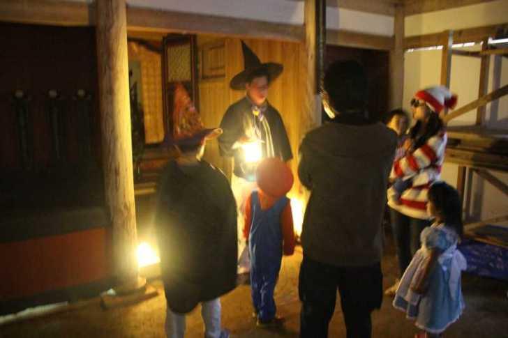 お寺でのハロウィンパーティー開催!仮装しての謎解きが色とりどりで楽しすぎる! (23)