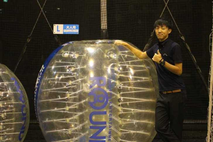 「健康維持にバブルサッカー」若者議会の医療チーム政策が新聞に取り上げられたし、バブルサッカーをやってみた! (2)