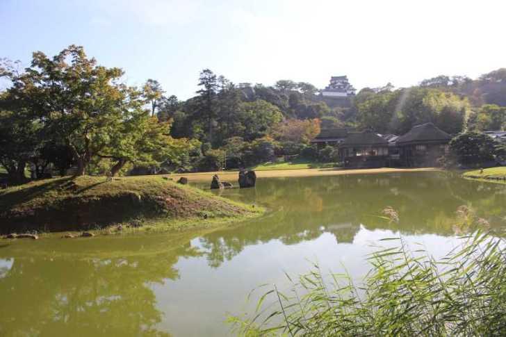 彦根城は行くべきだけど、隣の玄宮園が超おすすめ! (12)