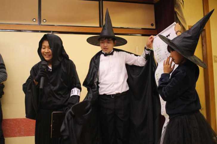 お寺でのハロウィンパーティー開催!仮装しての謎解きが色とりどりで楽しすぎる! (28)