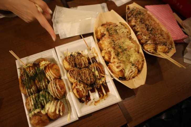 大阪で有名店のたこ焼きを食べ比べてみた!個人的なベストは山ちゃんの塩!【大阪たこ焼きミュージアム】 (2)