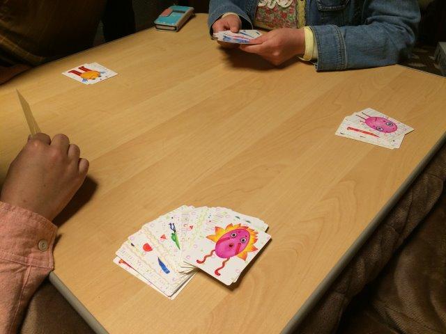 """謎の生物""""ナンジャモンジャ""""に名前をつけて覚えるボードゲームが案外面白くて盛り上がった (4)"""