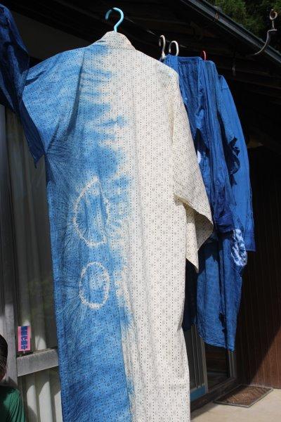 藍染めのワークショップを開催したよ。衣食住の衣のワークショップって珍しいのかも。 (15)