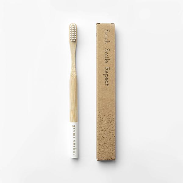 Grums Bamboo Toothbrush White bamboe zachte haren