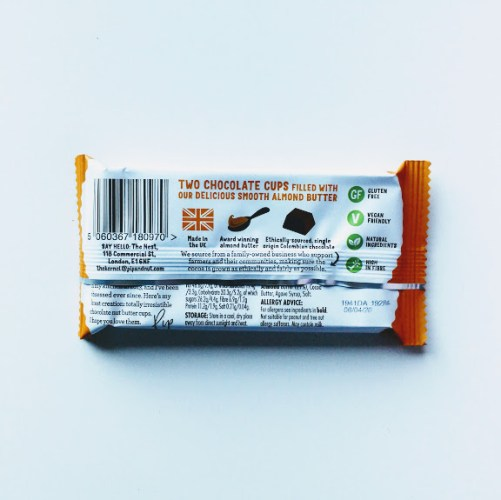 Dark Chocolate Almond Butter Cups van Pip and Nut 34gr