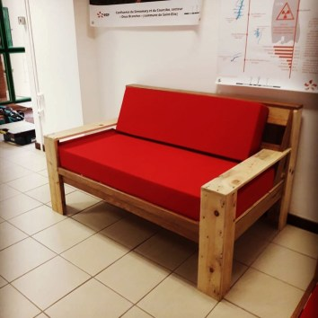 Canapé en palettes - TAKARI DESIGN - Guyane - La Fabrique du Dégrad