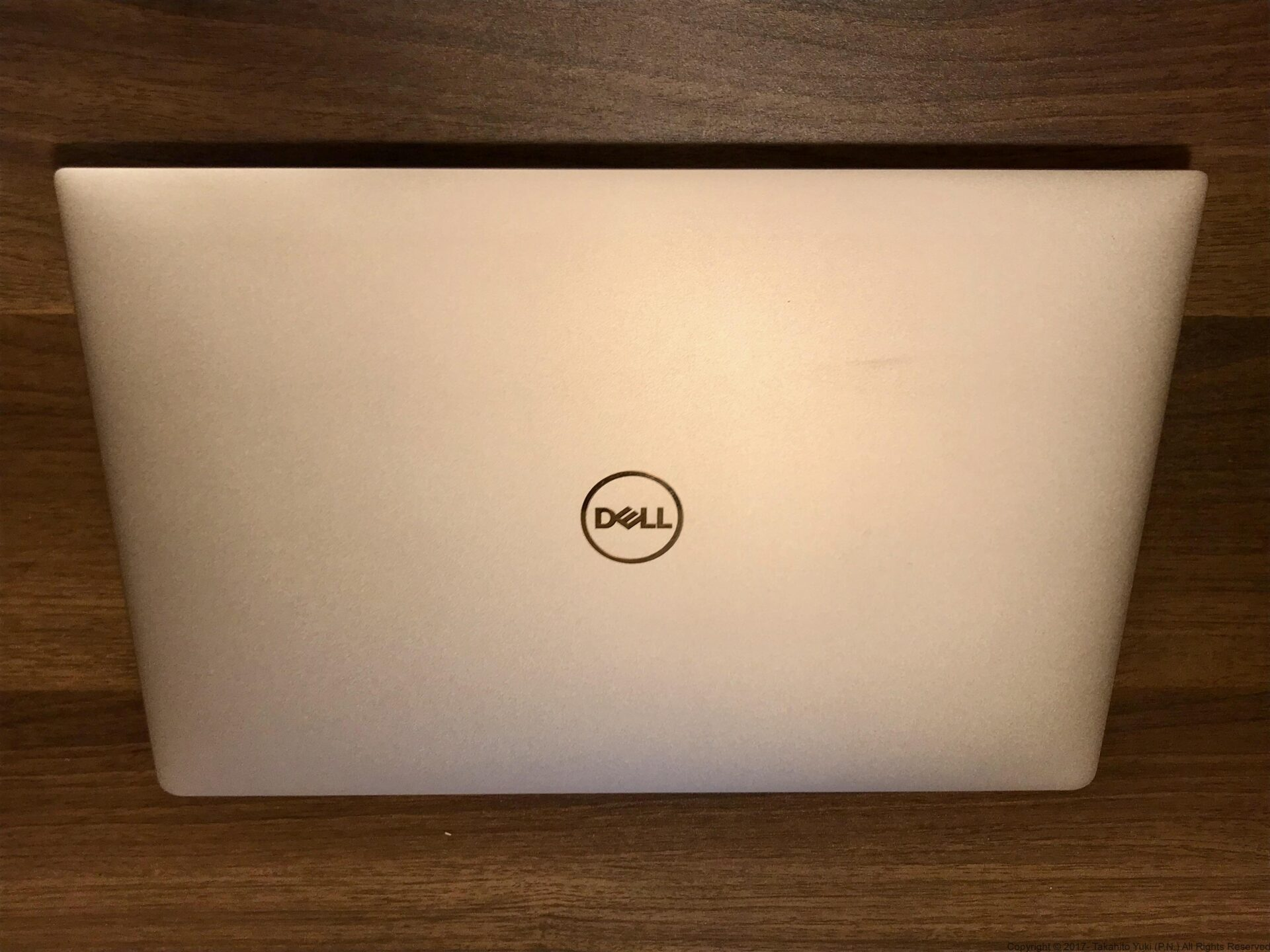 Dell New XPS 13 表面