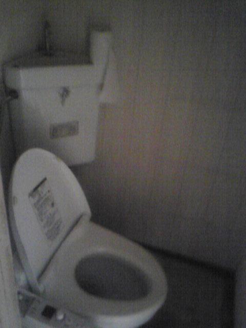 隅付けタンクのトイレモデルケース