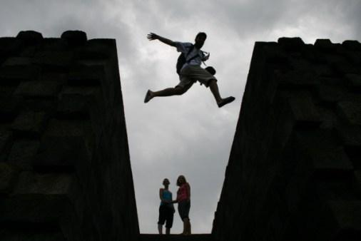 Borobudur Vins jump up