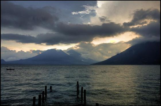 Lago de Atitlan HDR