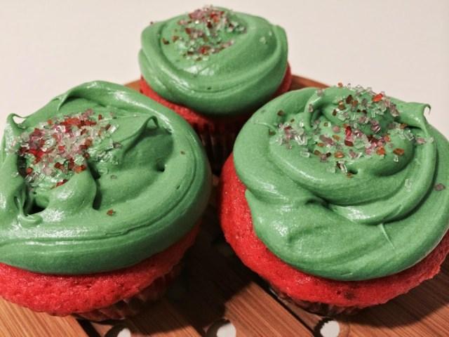 #BiteIntoSummer with Betty Crocker Watermelon Cupcakes