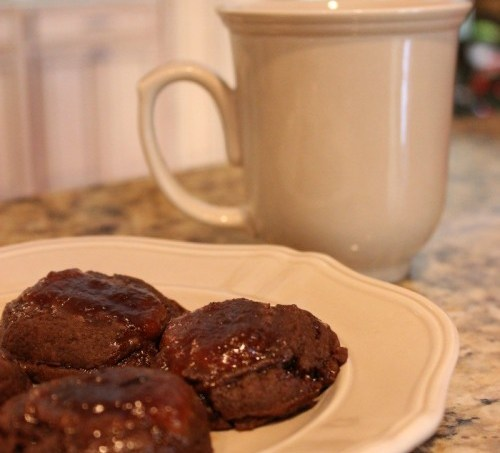 Gingerbread Cookies with Ginger-Pear Filling