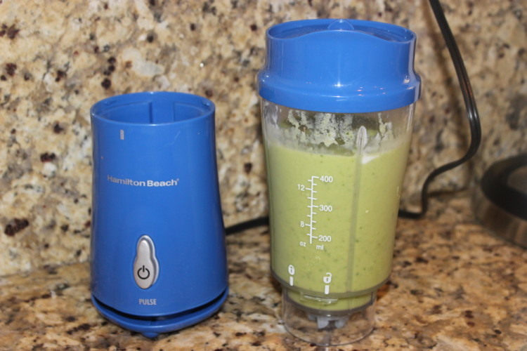 The Cold Buster Green Smoothie #stonyfieldblogger #sponsored