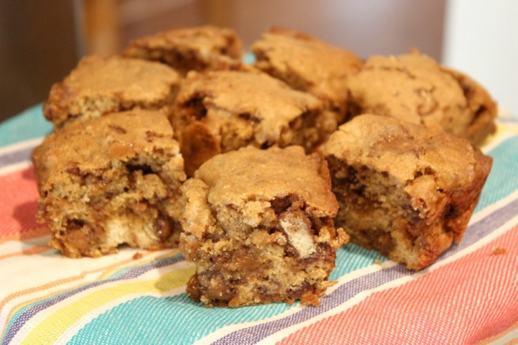 Candy Bar Blondies #LeftoversClub