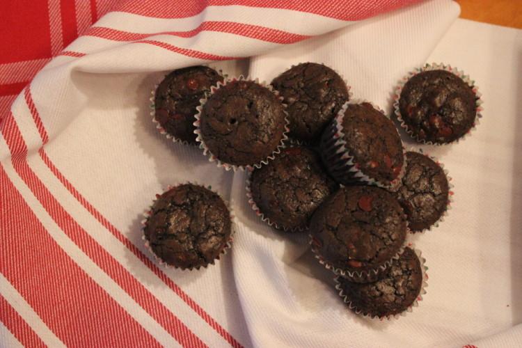 Dark Chocolate Mint Brownies #NationalBrownieDay #BrancamentaBrownies