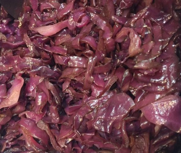 Balsamic Braised Red Cabbage for #SundaySupper