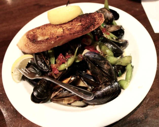Henry's Delray Beach, Mussels