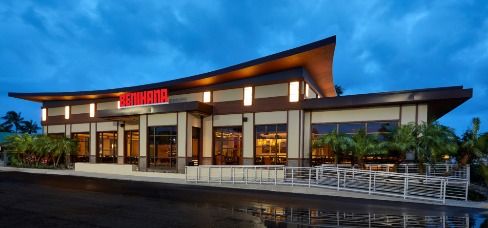 Iconic Teppanyaki and Sushi Restaurant Benihana Opens in West Boca Raton