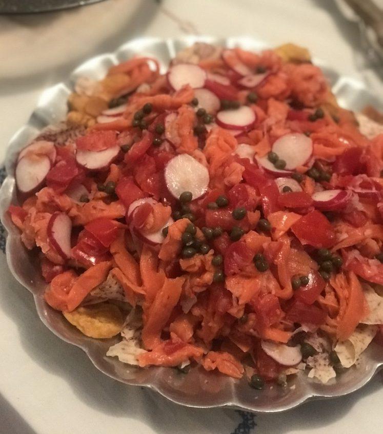 gluten-free-smoked-salmon-nachos