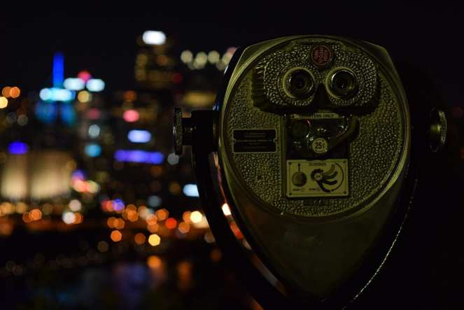 pittsburgh downtown tower viewer binocular scope