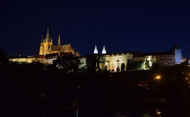 prague castle church cathedral fortress blue hour