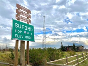 Buford Wyoming sign population 1