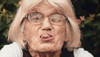 Old lady - live life and enjoy yourself vs saving for retirement