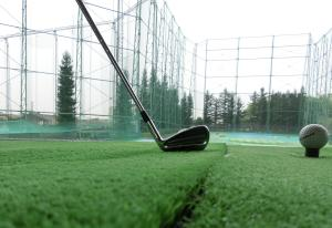 ゴルフ インパクトを止める練習