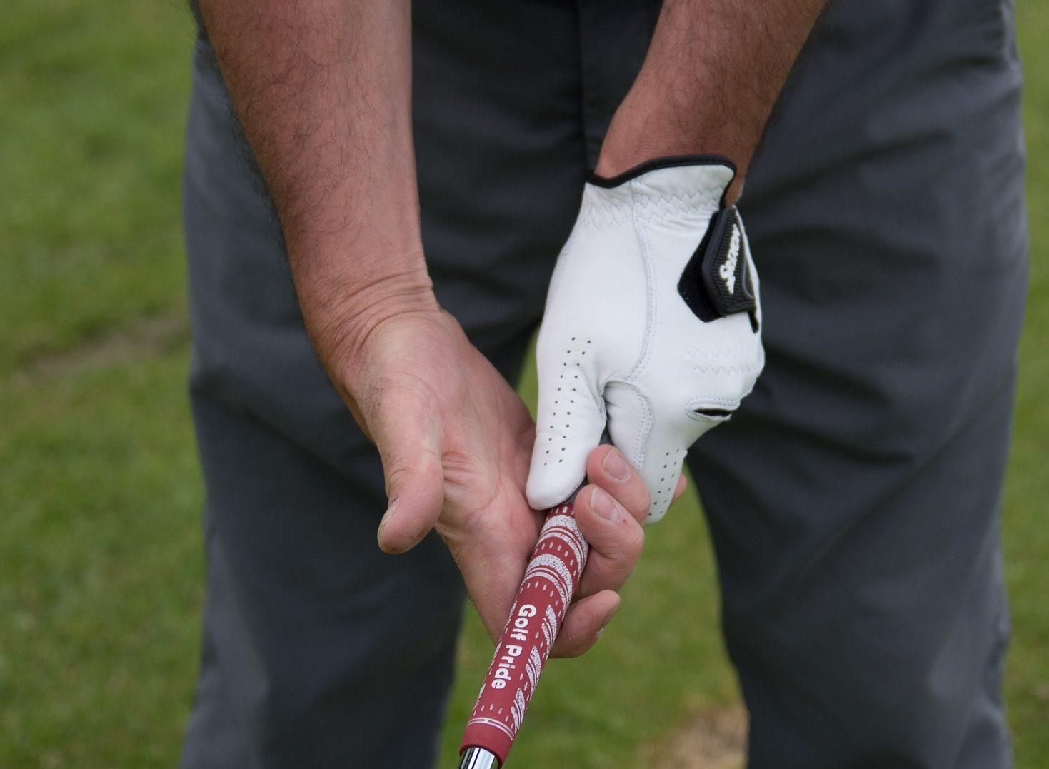 ゴルフ 握り方