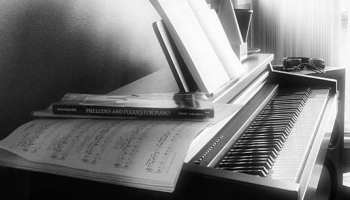 100 Piano Pop Songs Everyone Will Love – TakeLessons Blog