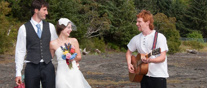 Songs to dedicate to your sister at her wedding