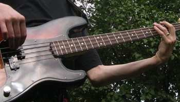 The 7 Best Bass Guitar Songs to Learn – TakeLessons Blog