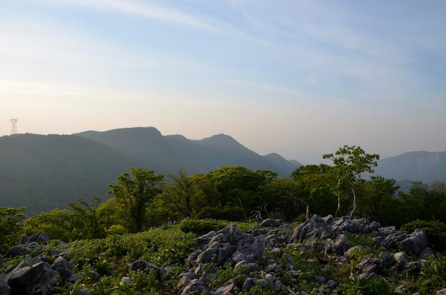 東ボタンブチ 竜ヶ岳方面