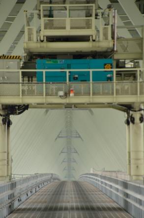 明石海峡大橋 ブリッジワールド 橋脚の袂