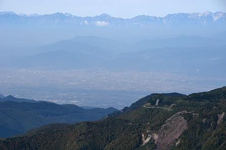 横手山山頂 長野市内