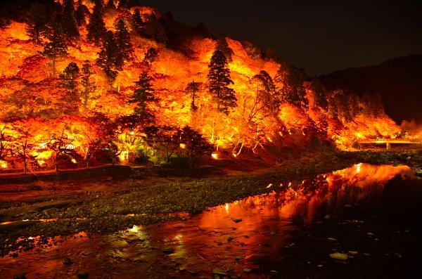 香嵐渓 ライトアップ 巴橋