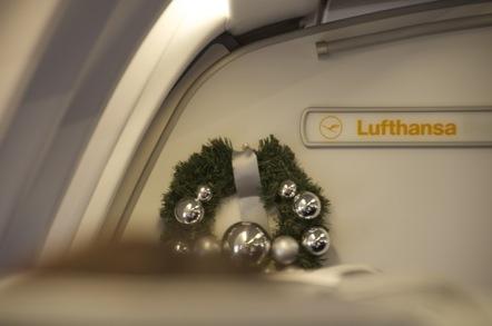 LH737便 クリスマスリース