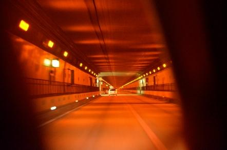 恵那山トンネル 下り線 天井 撤去前