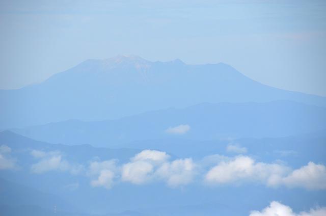 蓼科山 山頂 御嶽山