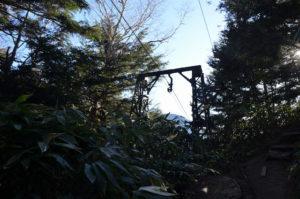 燕岳 登山道 第一ベンチ〜第二ベンチ ゴンドラ