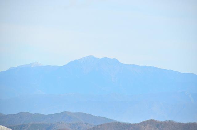 横川山 山頂 南アルプス方面 甲斐駒ヶ岳〜仙丈ヶ岳方面