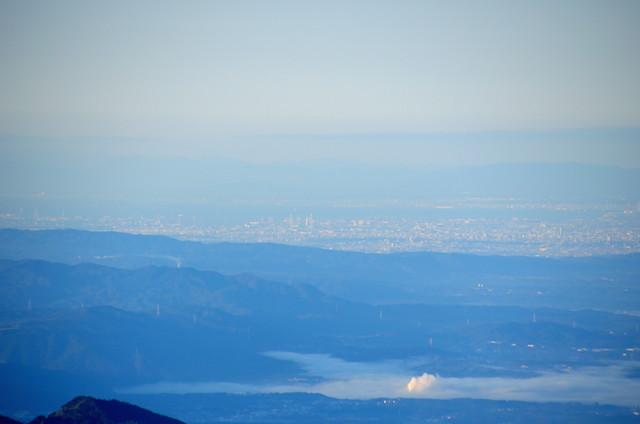 空木岳 山頂からの眺め 名古屋港方面