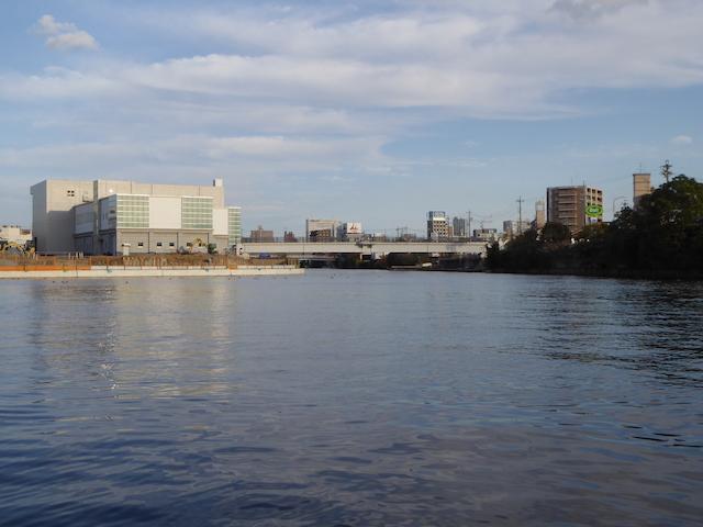 名古屋港クルーズ 松重閘門方面